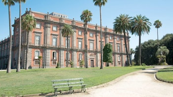 Koninklijk Paleis van Napels met toegang zonder wachtrij