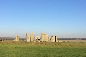 Private Full Day tour of Windsor and Stonehenge from London