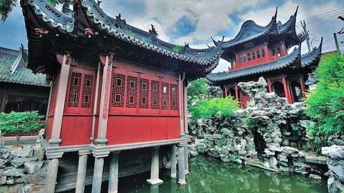 red buildings at Yuyuan Garden in shanghai