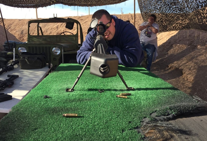Ver elemento 3 de 8. Bullets and Burgers Outdoor Machine Gun and Grand Canyon Air Adventure