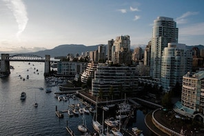 Create Memorable Videos While Touring Beautiful Vancouver and BC Destinatio...