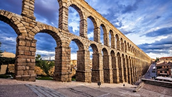 Private Day Trip to Segovia & La Granja