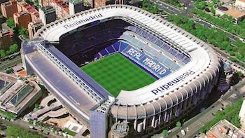 Private City Tour with Santiago Bernabeu Stadium