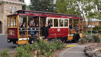 Sonoma Valley Wine Trolley Tour