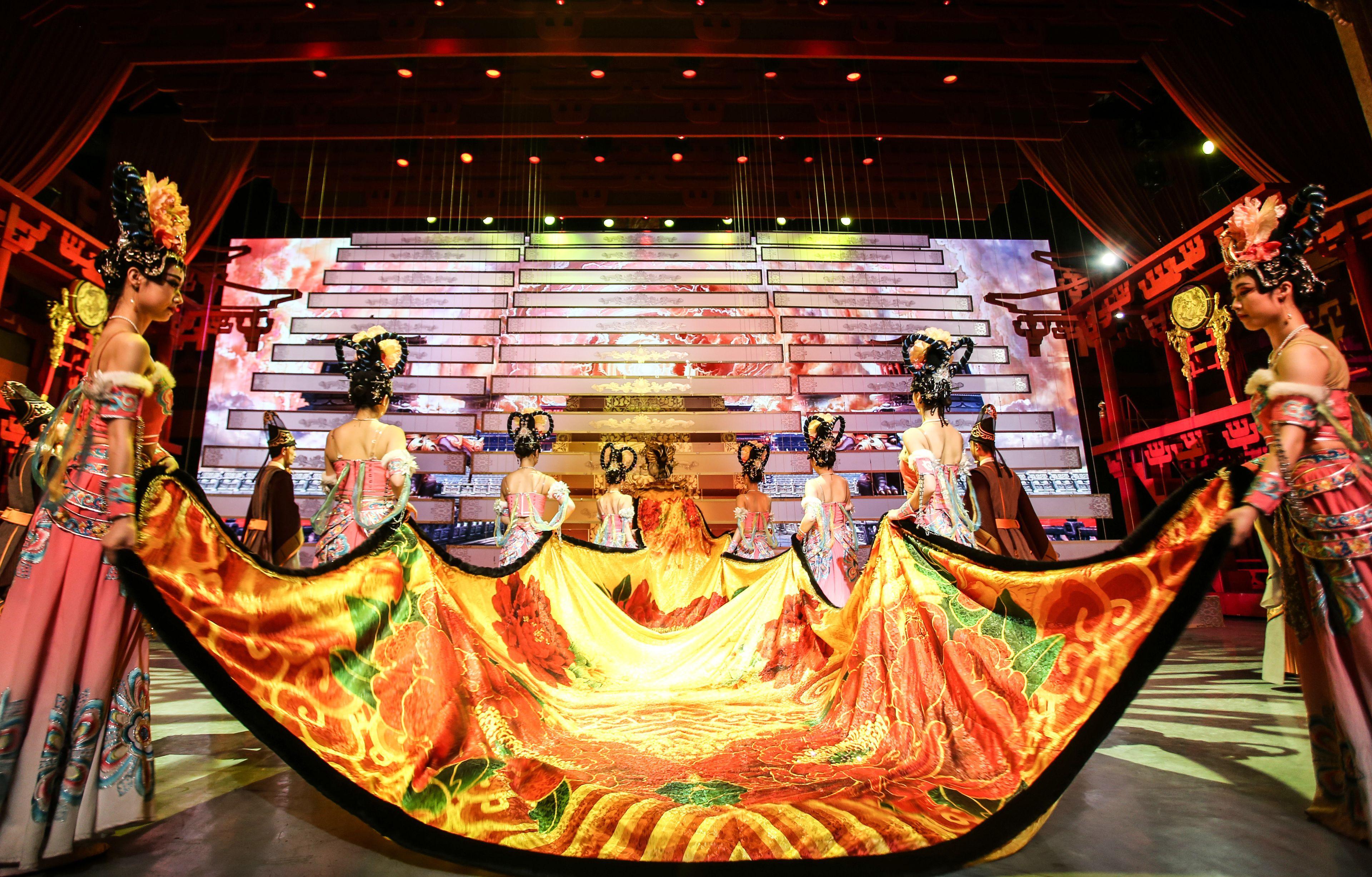 Tang Dynasty Show 15.jpg