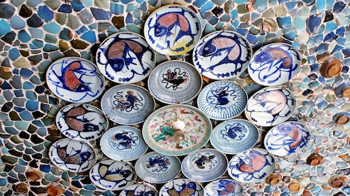 Ceramic plates and display in Tianjin
