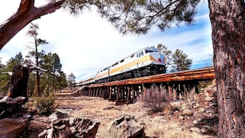 Multi-Day Sedona & Grand Canyon South Rim Trip with Train Ride
