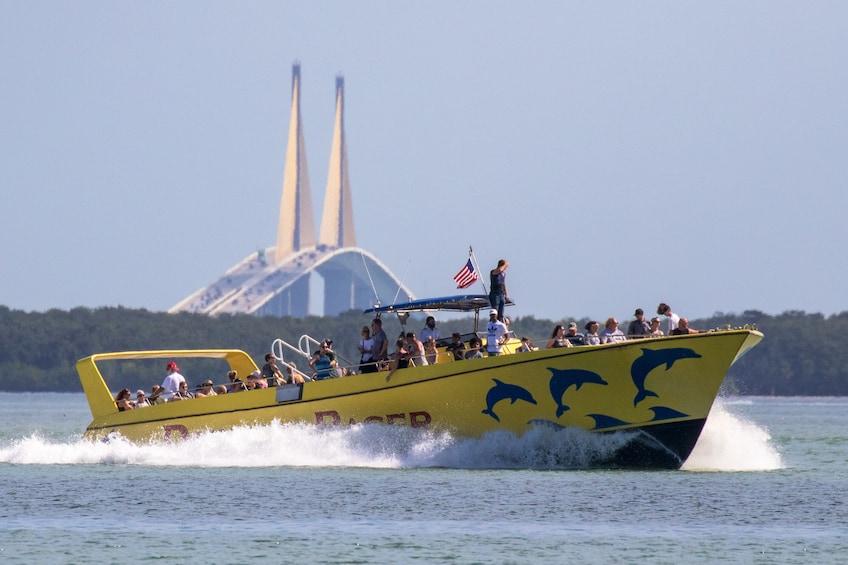 Dolphin Racer Speedboat Adventure