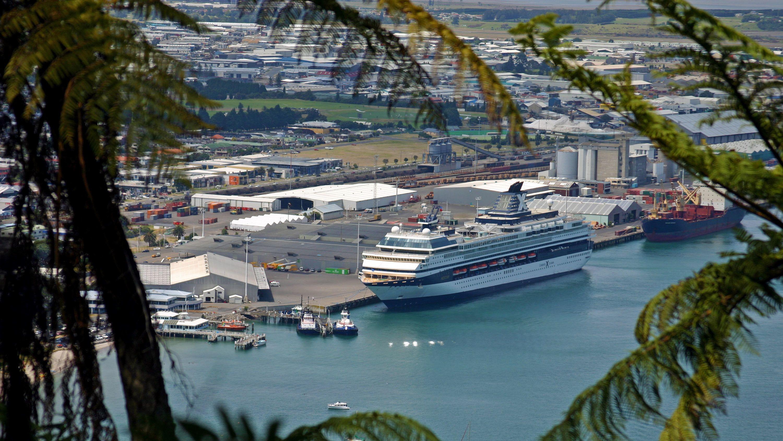 View of the dock for the Tauranga Cruise Excursion - Hobbiton Day Tour