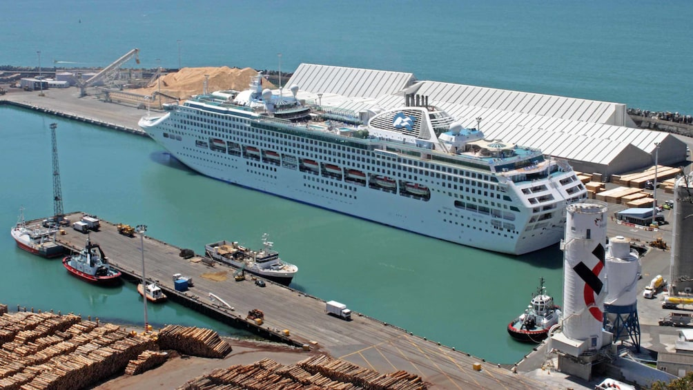Show item 4 of 5. cruise ship in napier port