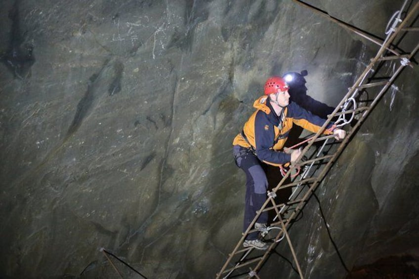 Show item 4 of 8. Climb in the Mine