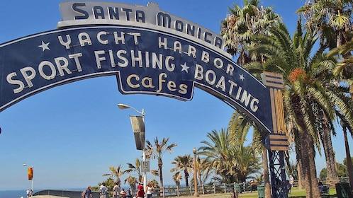 santa Monica archway in california