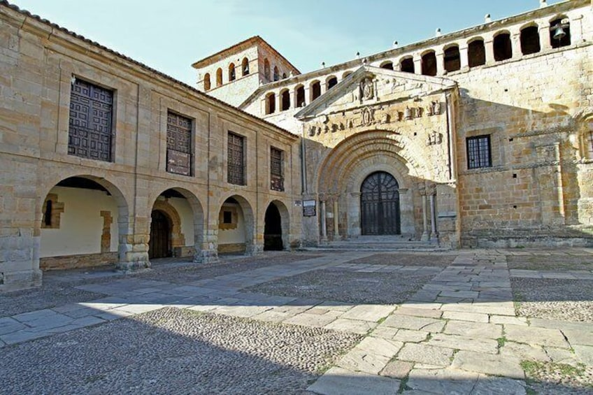 "Show item 3 of 3. Guided tour ""Love stories of Santillana"""
