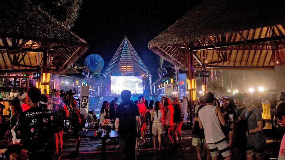 show at night time in pattaya