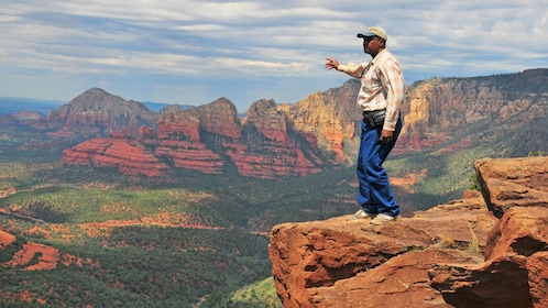 Man on the Sedona and Navajo Reservation One-Day Tour in Arizona