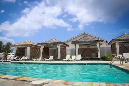 00 01 Cabana Pool.jpg