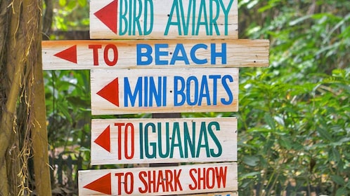direction sign in park in jamaica