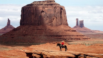Full-Day Monument Valley Tour with Lunch