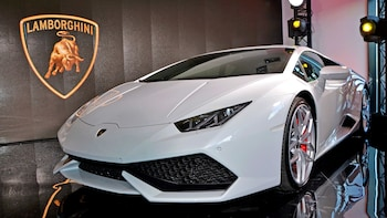 Ferrari, Pagani & Lamborghini Tour