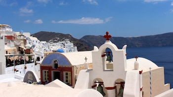 Full-Day Caldera Tour by Boat & Oia Sunset