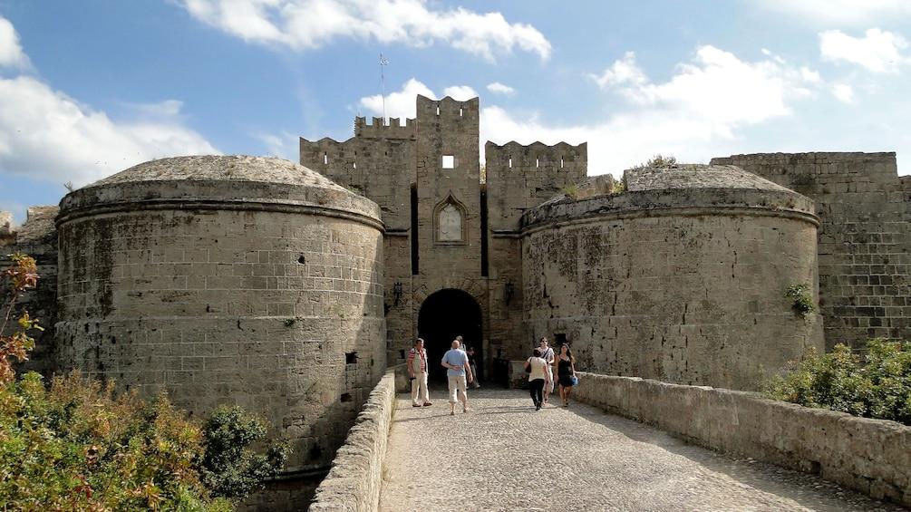 Grecian vacationers photograph castle