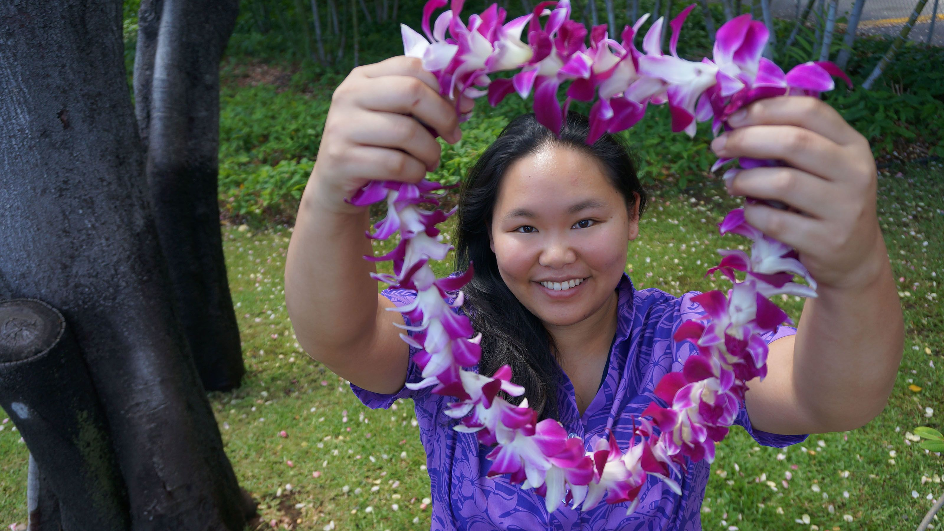 Fresh Hawaiian Lei Greeting at Kahului Airport