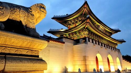 Beautiful Gyeongbokgung Palace in Seoul