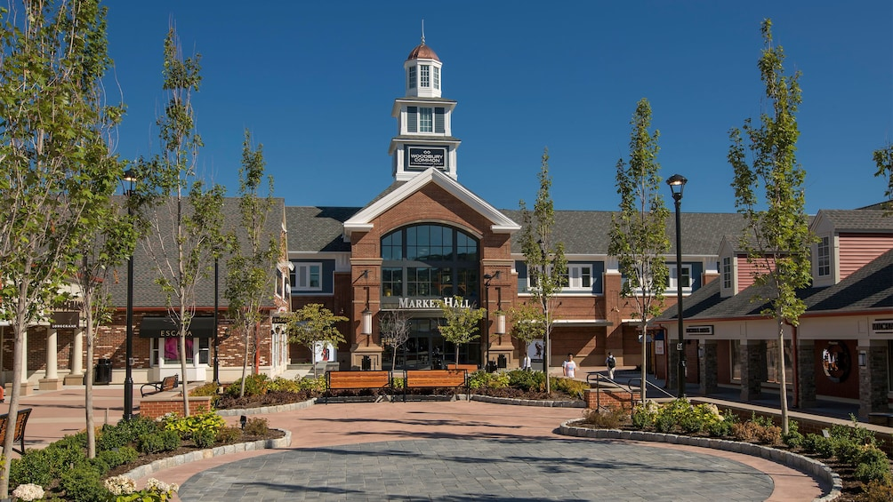 Entrance to the Woodbury Commons in New York
