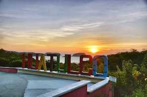 Huatulco and La Crucecita Sightseeing Tour