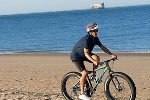 Private bike ride in Saint-Georges-d'Oléron with tasting