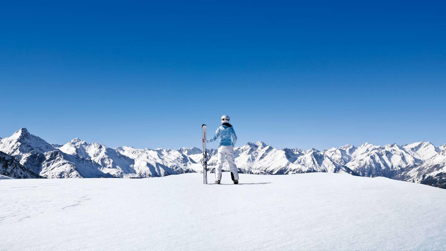 Skier standing on the snow in Munich