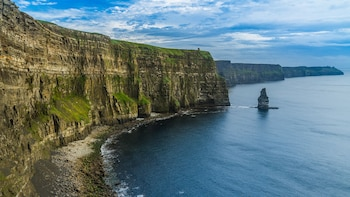 Cliffs of Moher Express Transfer