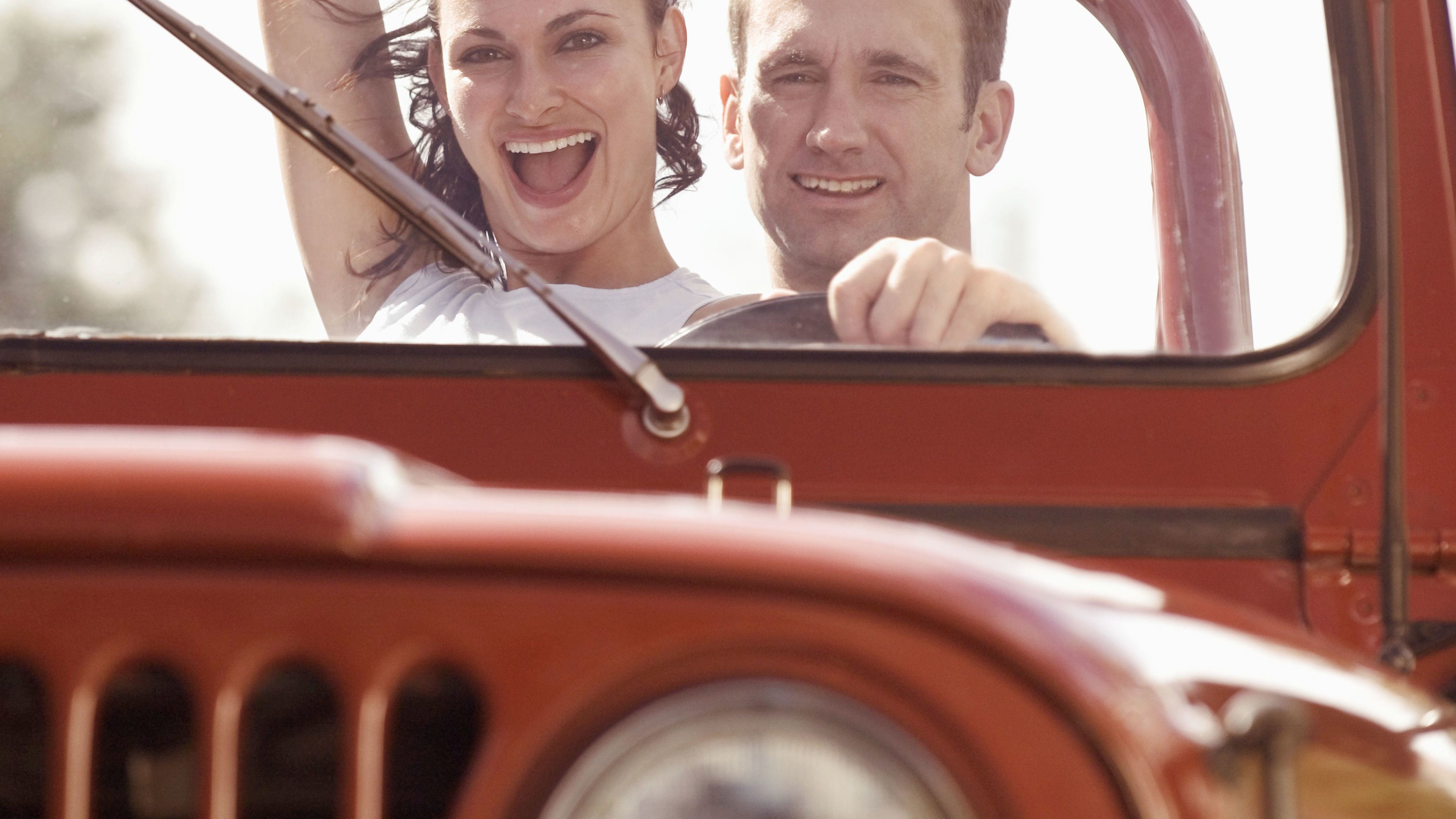 Couple on the Jeep and Wine Tasting Combo Tour in Sedona- Prescott