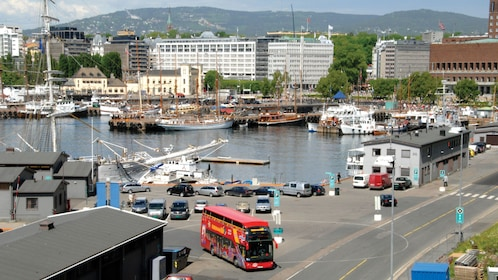 Explore the sights and sound of Oslo from a hop on hop off tour bus