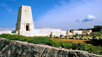 A day Excursion to Troy & ANZAC Battle Sites, Private Guide