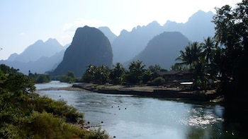 Private Full-Day Vang Vieng Excursion & Boat Ride