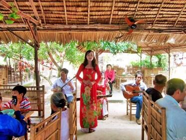 Mekong Delta Vietnam Travel Group 0003-1024x768.jpg