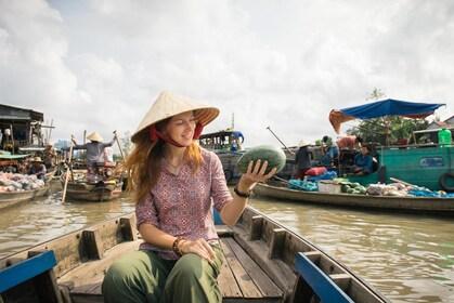 mekong-delta-cai-rang-floating-market-saigon-ho-chi-minh-city-southern-vietnam-excursion.jpg