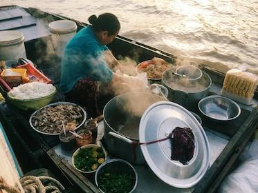 mekong-delta-cai-rang-floating-market-saigon-ho-chi-minh-city-southern-vietnam-excursion-002-1024x768.jpg
