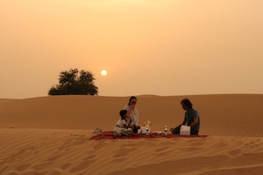 Private Sunset Desert and Wildlife Experience with BBQ