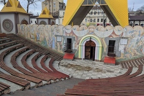 Mykolaiv by Locals - City Walking Tour
