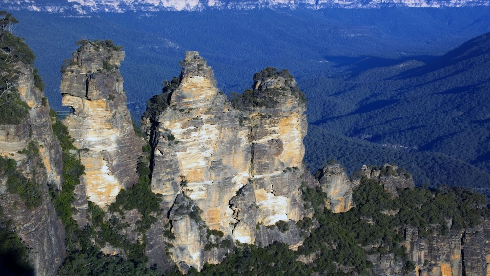Show item 3 of 4. Three Sisters mountains in Sydney