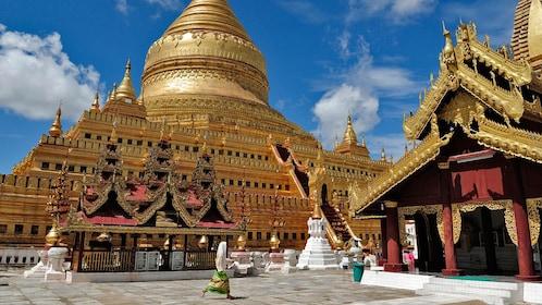 golden temples in bagan