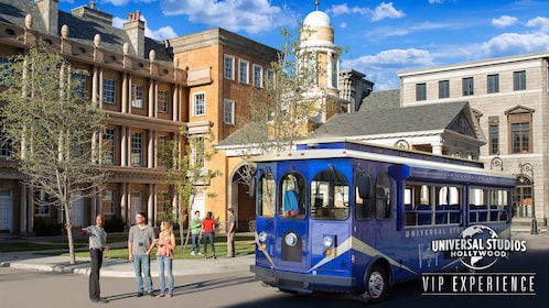 18-LOC-24814-Expedia-Image7-3200x1800_FM VIP-1 Trolly Courthouse Square.jpg