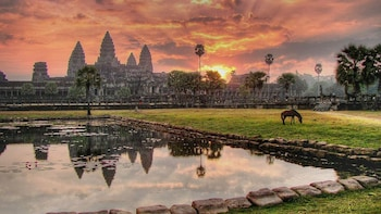 Private Angkor Thom, Bayon, Ta Prohm & Angkor Wat Tour