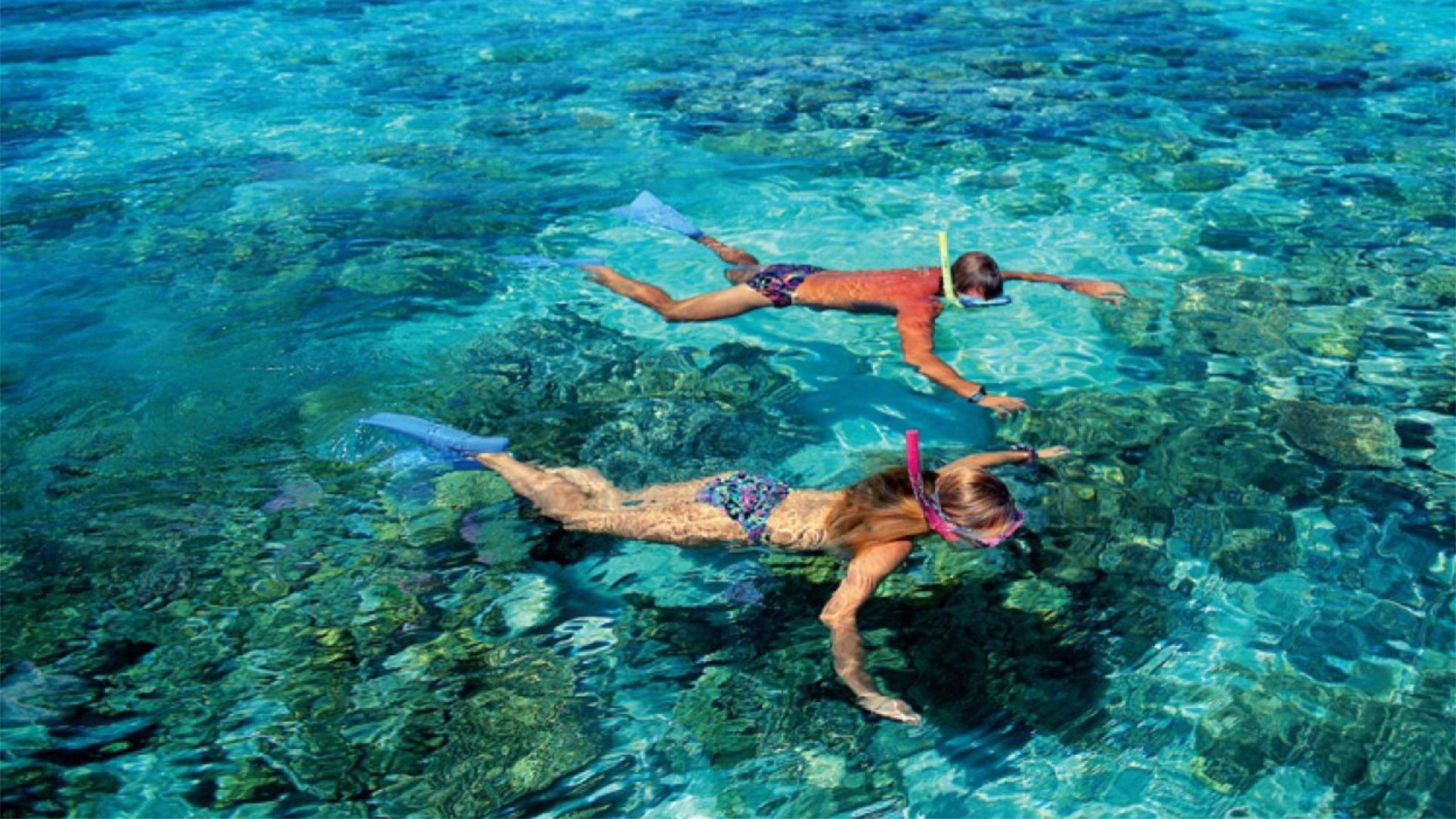 Snorkeling couple in Fiji