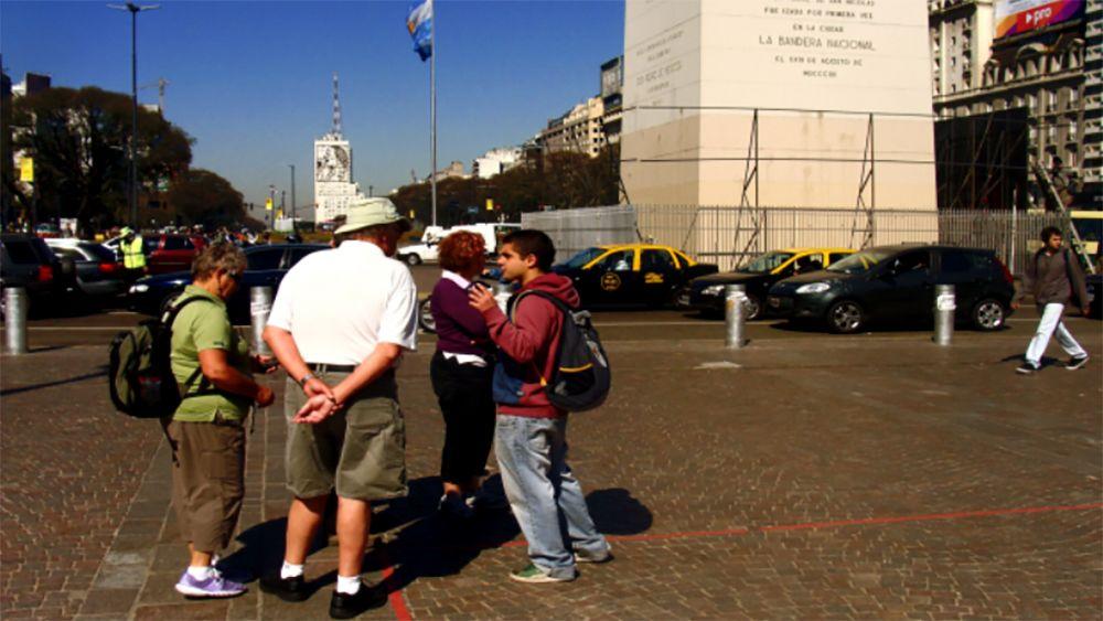 Tourist group in Circuito Multidestino, Buenos Aires