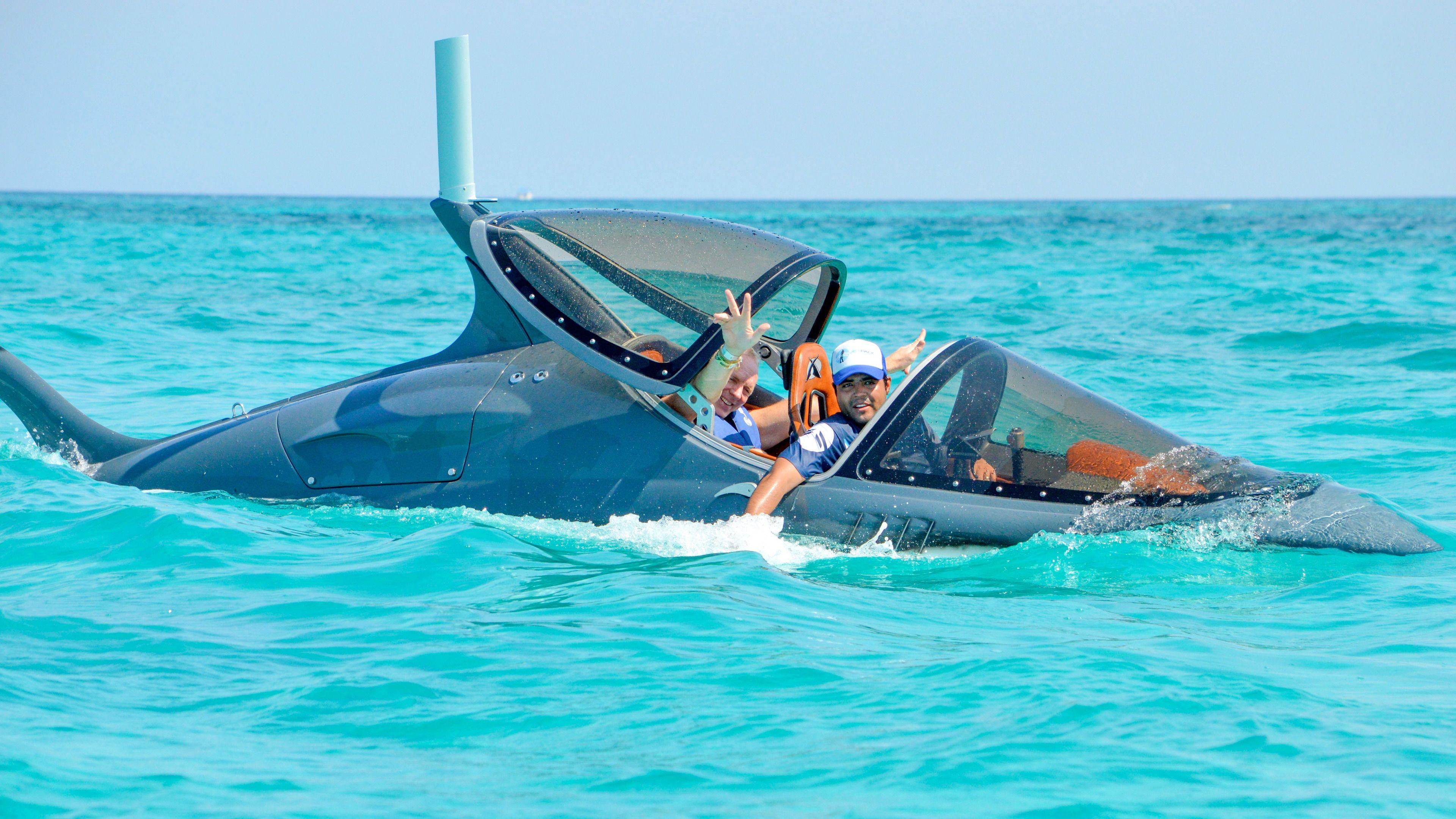 Tourists enjoying their Seabreacher® tour in Cancun