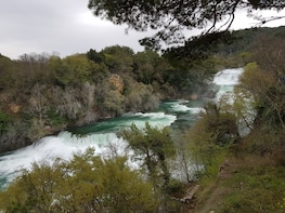 Exclusive tour: NP Krka Bike Tour with traditional dinner