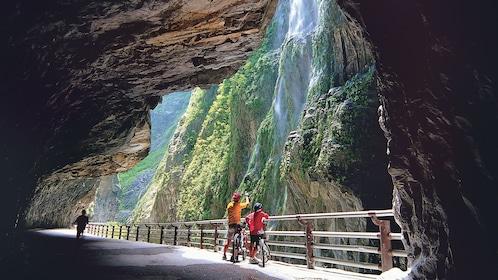 Tourists enjoy a scenic view of Taroko Marble Gorge Taipei